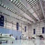 Hangar portique préfabriqué de structure métallique de lumière de bâti avec la grande envergure