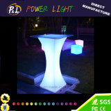 정원 가구에 의하여 조명되는 플라스틱 LED 테이블