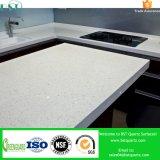 Partie supérieure du comptoir blanche de cuisine de pierre de quartz d'Artificail d'étincelle