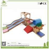 熱い販売は木のスライドが付いている屋内早い教育の柔らかい演劇をからかう