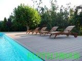 Heißer VerkäufeWPC Decking für Swimmingpool mit Funktion des UVwiderstands, des Anti-Rutschenden etc.