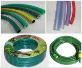 Tubo flessibile di giardino molle del PVC che fa macchina