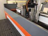 木製に切り分けることのための真空表CNCの彫版機械