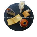 自然な石造りのスレートの円形のディナー用大皿または食糧ボードの手仕事のスレート