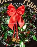 أشعلت فوق إكليل جيّدا يعلّب قبيح عيد ميلاد المسيح كنزة صدرة