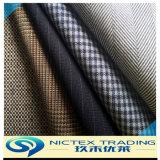 Le tissu de laine de polyester à 50 % 50 % convenant pour