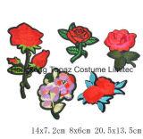 I fiori di Hoomall hanno mescolato il ferro delle zone sulle zone per i mestieri di riparazione dei vestiti di Appliques ricamati autoadesivi del distintivo del tessuto dei vestiti DIY (CE01)