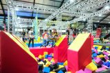 Trampolines comerciales Parque con más reciente juego Ninja curso