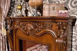 Mensola del camino del camino intagliata oggetto d'antiquariato europeo di legno solido di stile