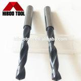 Morceaux d'exercices de torsion de carbure de haute performance pour le métal