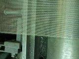 Pantalla galvanizada dimensión de una variable resistente a la corrosión de la ventana del alambre del hierro de la perforación rectangular