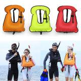 Het Zwemmen van het Reddingsvest van de Veiligheid van Qian de Professionele Volwassen Opblaasbare het Snorkelen het Skien Uitstekende kwaliteit van het Reddingsvest van de Sport van het Water