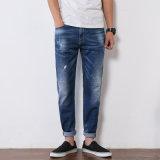 高品質のまっすぐな足(HDMJ0013-17)を搭載する青い壊された洗浄の人のジーンズ