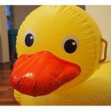 Belüftung-aufblasbarer riesiger gelber Ente-Pool-Gleitbetrieb