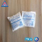 La gasa de la alta calidad limpia el paquete estéril