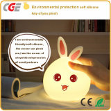 LED 밤 빛 당 훈장 실리콘 토끼 램프 LED 테이블 램프가 아이들의 아기에 의하여 농담을 한다
