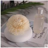 ホームリード拡散器のギフトセットのためのSolaの人工的な花が付いている美しく白い円形の陶磁器のつぼ
