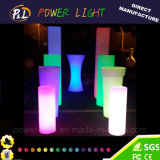 照らされたLEDの柱を変更する装飾的な家具カラー