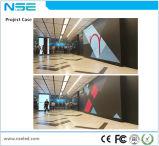 O indicador de anúncio fixado na parede do quadro de avisos, placa do menu do diodo emissor de luz da borda do silicone, alumínio do retrato perfila a tensão da tela
