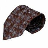 Os fios Tingidos de gravatas de moda