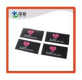 Nombre de marca personalizada de alta calidad pliega etiqueta tejida para prenda