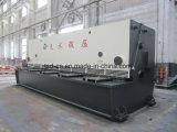 6mの鋼板(QC11Y-8X6000)をせん断する油圧ギロチンのせん断機械
