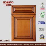 Porta de gabinete de cozinha de madeira sólida anti-arranhões (GSP5-011)