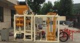 Более дешевая машина твердого кирпича Qt4-24b средств/массивнейшая машина кирпича для сбывания