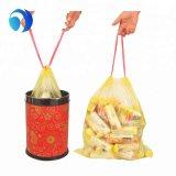 Custom PEHD Pbat LDPE PLA Amidon de maïs de l'impression couleur noir et blanc compostables ménage médical biodégradable Corbeille Tall cuisine Cordon sac à ordures en plastique