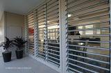 Sala de estar Estrutura Residencial Madeira Grão Janela de Louvre de alumínio