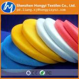 Farbiges Nylon nähen auf Haken-und Schleifen-Befestigungsteilen