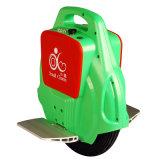 Un scooter électrique populaire de roue avec Bluetooth/planche à roulettes électrique