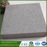 Популярный свет - серый камень кварца с точными обломоками