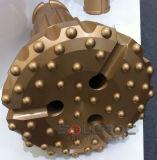 Buraco do furo com botão de carboneto