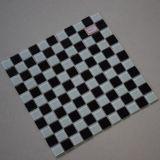 Bathroom를 위한 최신 Sale Black Mix White Square Glass Mosaic Tile