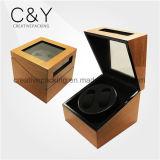 Cadre en bois à haute brillance de bobinier de montre avec le papier grenu de cerise