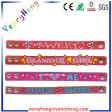 bracelet fait sur commande de bracelet en caoutchouc de PVC du dessin animé 3D pour le cadeau