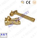 Горячие выкованные латунные части/, котор подвергли механической обработке части с высоким качеством