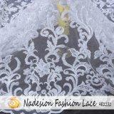 Elegante diseño de moda nupcial se sienten a mano Suave tela de encaje