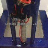 Agitatore mescolantesi della vernice pneumatica dell'aria con la rotella
