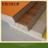Madera contrachapada de madera de Mlelamine del grano para la cabina de cocina