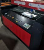 Macchina per il taglio di metalli del laser del fuoco automatico per metallo ed i metalloidi
