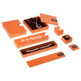 عمليّة بيع حارّ حلق برتقاليّ & عقد/مدلّاة هبة مجوهرات يعبر صندوق