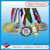 Proveedor de China Diferentes formas grabadas medallas de metal Medallas religiosas baratos