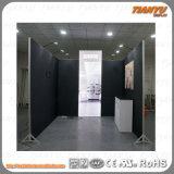 De standaard Cabine van de Tentoonstelling voor Handel toont