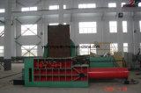 屑鉄の出版物のための大きい金属の梱包機機械