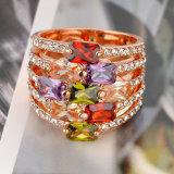 로즈 금에 의하여 도금되는 에메랄드 색 원석 지르콘 결혼식 다이아몬드 금 반지