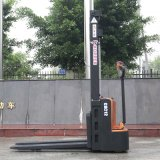 工場Price 1.2ton Battery Operated Powered Pallet Electric Stacker (CDD12)