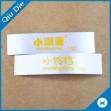 El satén respetuoso del medio ambiente de Dmask modificó la escritura de la etiqueta de la ropa para requisitos particulares de la impresión