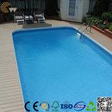 プールのまわりで床を張るTS04A